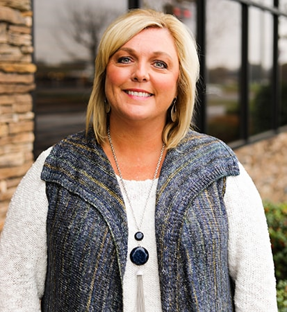 Kim Easley CL Service Manager